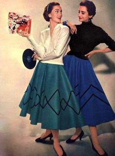 Find poodle skirts and poodle skirt costumes for sale online. Learn the history of vintage poodle skirts and get poodle skirt outfit ideas. Vintage Mode, Look Vintage, Vintage Beauty, 50s Vintage, Fifties Fashion, Retro Fashion, Vintage Fashion, Indian Fashion, Fashion News