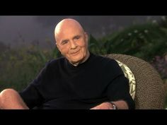 Oprah and Dr. Wayne Dyer have been talking about life& big questions for more than 30 years. Watch as Oprah and Wayne continue to go soul-to-soul about Wayne& definition of God, what happens after death and what he knows for sure. Deepak Chopra Meditation, Wayne Dyer Quotes, Super Soul Sunday, Oprah Winfrey Network, Great Inspirational Quotes, Motivational Videos, Louise Hay, Spiritual Teachers, Abraham Hicks