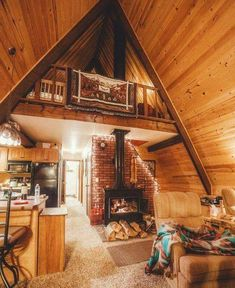 small cabins interiors best ideas about small cabin interiors on small boat cabi… - Architektur Tiny House Cabin, Cabin Homes, Log Homes, Cozy House, Cozy Cabin, Tiny Houses, Cabin Loft, Winter Cabin, Cozy Winter