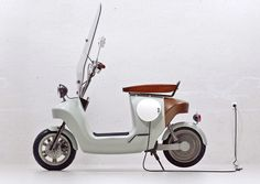 Be.e electric scooter is made from hemp