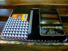 Descrição: capa para smartphone quadriculada preto com branco Modelo: 014 Tamanho: 13x2x7x3 Contato: rosanawendt@yahoo.com.br http://twitter.com/rosanawmonteiro Curta página no facebook:  http://www.facebook.com/rosanawmonteiro