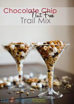 Nut Free Chocolate Chip Trail Mix - Nut Allergy Mom #peanutallergy #nutfree #backtoschool