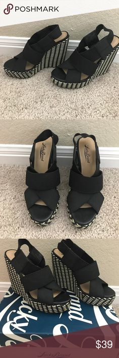 Lucky Brand wedges Selling gently used Lucky Brand wedges, size 6.5. Worn only twice and shoes were kept in the box so they're in perfect condition Lucky Brand Shoes Wedges