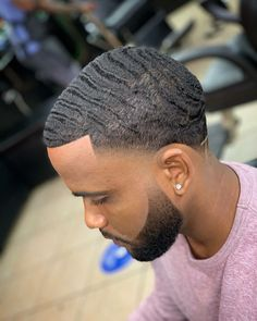 Waves Hairstyle Men, Waves Haircut, Style Hairstyle, Hair Style, Stylish Mens Haircuts, Black Men Haircuts, Black Men Hairstyles, Bald Taper Fade, Taper Fade Haircut