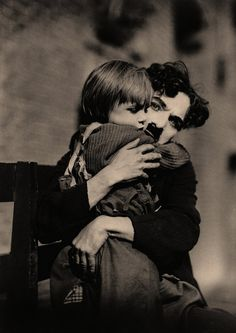 Charles Chaplin, The Kid      El abrazo.- Charles Chaplin The Kid (by otro_rob)