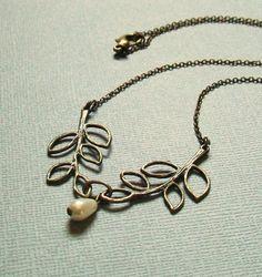 Leaf Necklace in Antique Bronze with Ivory Teardrop Pearl. Vintage Inspired. Elegant. Bridal