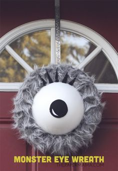 """Your front door will be the real """"treat"""" this year thanks to these DIY Halloween wreaths! Here's how to make Halloween door decorations for fall. Halloween Fairy, Halloween Porch, Halloween Signs, Outdoor Halloween, Holidays Halloween, Halloween Crafts, Halloween Ideas, Halloween Stuff, Haunted Halloween"""