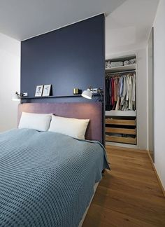 It Seems Your Bedroom Decor Needs Our Help So Here We Are! Bedroom Ideas For Small Rooms Bedroom Decor Small Bedroom Designs, Small Room Bedroom, Closet Bedroom, Small Rooms, Bedroom Sets, Bed Rooms, Design Bedroom, Bedding Sets, Chandelier Bedroom