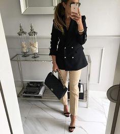 Busy day⏱#Mint Label #black #jacket #look #ootd #streetstyle #stylish #style #fashion #instamood #instagram