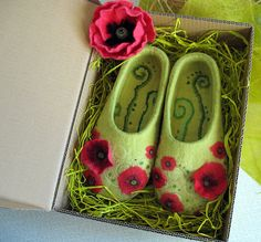 Poppies handmade felt slippers made to order by SultanFelt, $130.00