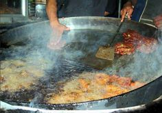 Photos of Typical Pakistani Dishes; Mouthwatering Chappal Kababs, a favourite dish in KPK - Tasty Pakistani Khaaba and Khaana