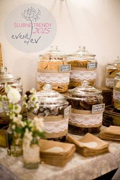 rustic vintage wedding decor dessert table candy buffet cover sweet jars in burlap and lace hessian wedding ideas Candybar Wedding, Wedding Desserts, Wedding Buffets, Wedding Cookies, Candy Bar For Wedding, Pie Bar Wedding, Wedding Snack Bar, Cookie Bar Wedding, Drinks Wedding