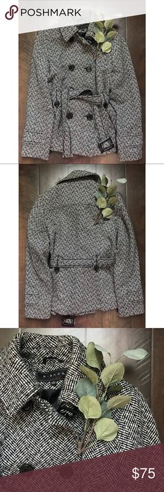 """Wool Tweed Double Breasted Belted Peacoat Wool Tweed Double Breasted Belted Peacoat. Size small. EUC, worn less than a handful of times. 36"""" chest, approximately 25"""" from shoulder to hem. Wool blend. Giacca Jackets & Coats Pea Coats"""