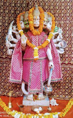 Ganpati Bappa Wallpapers, Jai Hanuman, Photo Poses For Boy, Ganesha Art, Goddess Lakshmi, Hindus, Indian Gods, Marvel Comics, Lord
