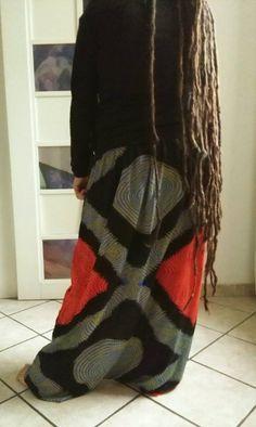 Pantalone realizzato con tessuto in cotone proveniente da Niger