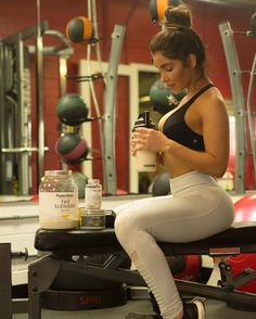"""sexy-in-yoga-pants: """"Melissa Molinaro """" Melissa Molinaro, Yoga Positions, Physical Fitness, Yoga Pants, Fitness Models, Beautiful Women, Gym, Photo And Video, Sexy"""