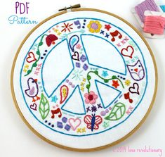 Peace Sign Hippie Summer Hand Embroidery PDF Pattern                                                                                                                                                                                 Más
