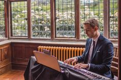 Hire Ross Keys | Pianist in London | Headliner // Wedding