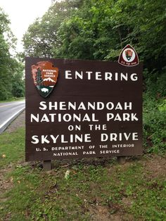 Skyline Drive Shenandoah National Park- this road is so long Shenandoah National Park, Shenandoah Valley, Shenandoah Virginia, Best Places To Camp, Oh The Places You'll Go, Virginia Vacation, Virginia Camping, Virginia Is For Lovers, All Family