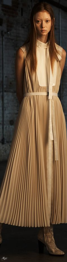 Glamour, High Fashion, Womens Fashion, Beige, Jason Wu, Autumn, Fall, Fashion Design, Fashion Trends