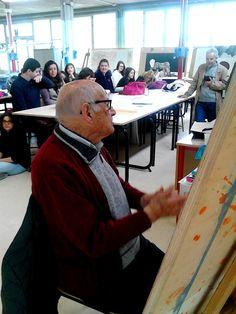 16.04.2015. Il pittore Giorgio Michetti (103 anni) fa lezione al Liceo Artistico di Pietrasanta.