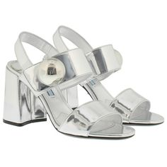 Prada Sandals, Capretto Lamina Sandal Argento Shoe (2,645 ILS) ❤ liked on Polyvore featuring shoes, sandals, silver, chunky-heel sandals, prada shoes, chunky shoes, prada sandals and genuine leather shoes
