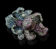 Arunashi Sapphire Flower Ring