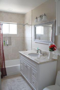 Love this bathroom. Maybe a darker wood vanity. Guest Bathrooms, Hall Bathroom, Upstairs Bathrooms, Bathroom Kids, Dream Bathrooms, Bathroom Colors, Beautiful Bathrooms, Stone Bathroom, Simple Bathroom
