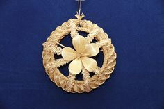 evaszu_product_ Corn Dolly, Straw Weaving, Decorative Objects, Needlework, Bamboo, Brooch, Jewelry, Natural Materials, Palms