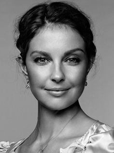 Ashley Judd  One of my all time favorite she is so pretty