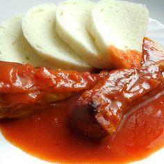 Recept na plněné papriky s rajskou omáčkou krok za krokem - Vaření.cz Korean Street Food, Food Videos, Mashed Potatoes, Sausage, Cooking Recipes, Pudding, Beef, Ethnic Recipes, Recipe Ideas