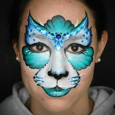 Creative Kitty Cat ➢ Step-by-Step by Annabel Hoogeveen One of the essential designs for any face painter is the Kitty Cat Use this handy step-by-step to help you recreate this glamorous look, and then let your imagination run wild with a variation of your own!