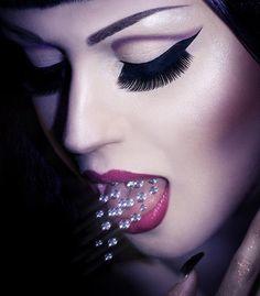 Gorgeous gothic beauty and musician Viktoria Modesta.