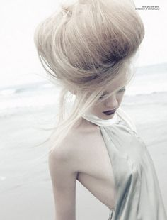 iloverunways:    Title: Poetic Summer Magazine: 160g March/April 2010 Model: Dani Lundquist Photographer: Ben Cope