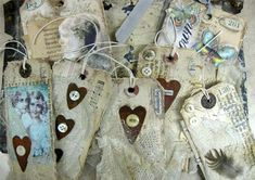 Tag you're Fabric Tags, Fabric Scraps, Online Tutorials, Handmade Tags, Vintage Crafts, Vintage Sewing, Artist Trading Cards, Tag Art, Art Day