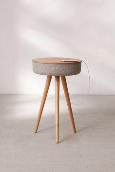 Tavolo per altoparlanti Bluetooth Victrola Plywood Furniture, Smart Furniture, Furniture Plans, Furniture Decor, Furniture Design, Bedroom Furniture, Modular Furniture, Furniture Online, Furniture Layout
