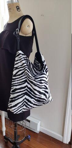 Large Weekender Carry-on Tropic African Giraffes Ambesonne Orange Gym Bag
