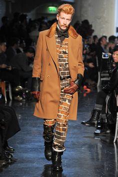 Jean Paul Gaultier Men's Fall Winter Collection 2012-13 ジャンポール・ゴルチエ 2012-13 秋冬 メンズコレクション futuristic wild, wild west and urban cowboy brick camouflage 未来的な野生の、野生の西、都市カウボーイレンガ迷彩
