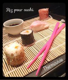 Cuisson du riz pour sushis au thermomix ngrédients pour environ 30 sushis:  300 g de riz à sushi  45 g de vinaigre de riz  4g de sel  8 g de sucre  1 litre d'eau Japanese Food, Cereal, Breakfast, Internet, Asian, Yoga, Vinegar, Cooking Food