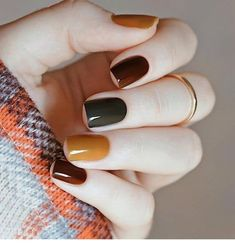 53 Amazing Nail Designs Ideas for Short Nails to Try – Juuuch. Those nails are slay – short nails Neutral Nail Polish, Fall Nail Polish, Autumn Nails, Nail Polish Colors, Simple Fall Nails, Cute Nails For Fall, Gel Polish, Fall Nail Art Designs, Short Nail Designs