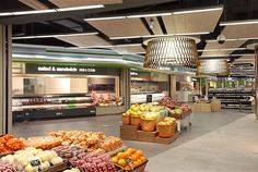 Lighting design for modern bakery retail food, grocery store 1000 Design Shop, Shop Interior Design, Retail Design, Store Design, Visual Merchandising, Modern Bakery, Design Visual, Supermarket Design, Restaurants