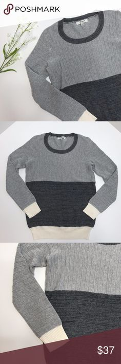 MADEWELL Ribbed Striped Sweater Shirt Top Sz XS MADEWELL Ribbed Striped Sweater Shirt Top Sz XS  This grey and cream sweater from Madwell looks fantastic paired with their flared jeans.   Worn once, and in excellent used condition.   Your new Madewell sweater will ship to you promptly from a smoke free/pet free home! Madewell Sweaters Crew & Scoop Necks