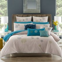 Lorraine Lea Linen ~ I have this Adult Bedroom Design, Bedroom Designs, Bedroom Ideas, Bedroom Decor, Love Your Home, My Dream Home, Simply Home, Elegant Centerpieces, Linen Bedroom