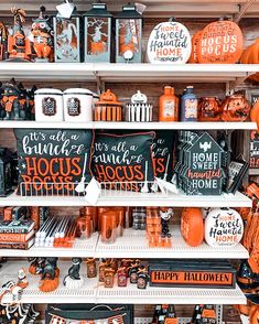 Halloween Home Decor, Halloween 2020, Halloween House, Fall Home Decor, Fall Halloween, Happy Halloween, Halloween Decorations, Halloween Party, Christmas Aesthetic