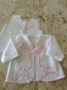 New ideas embroidery baby dress children Sewing Baby Clothes, Baby Sewing, Doll Clothes, Baby Embroidery, Embroidery Fashion, Baby Girl Dresses, Baby Dress, Toddler Outfits, Kids Outfits