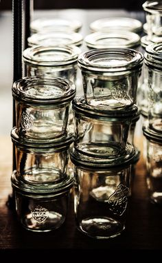 Jam jars perfect for spice storage too. Glass, always a better alternative than plastic. Weck Jars, Canning Jars, Mason Jars, Spice Storage, Food Storage, Zero Waste Shop, Pots, Kitchenware, Tableware