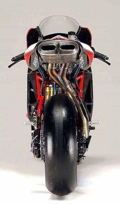 Bbbrrooooaaaaarrrrrr Ducati 999s, Ducati Motorcycles, Bobber Motorcycle, Moto Bike, Motorcycle Style, Motorcycle Design, Bike Details, Drag Bike, Custom Cafe Racer