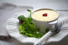 Flans de saint-marcellin, salade d'herbes. Photo : F. Hamel. Découvrez la recette sur https://www.facebook.com/LesProduitsLaitiers/photos/a.739985192708972.1073741837.136045459769618/739985499375608/?type=3&theater  #entree #starter #appetizers #snack #miam #cuisine #gourmandise #gastronomie #produitslaitiers #dairy #gastronomy #lait #milk #delicious #foodporn #recette #recipe #food