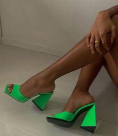Sock Shoes, Cute Shoes, Me Too Shoes, Dream Shoes, Crazy Shoes, Shoes Sneakers, Shoes Heels, Pumps, Sneaker Heels