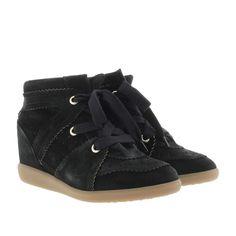 Wir haben Isabel Marant Étoile Sneakers - Bobby Sneaker Velvet Stainer Basket Faded Black - in schwarz - Sneakers für Damen auf unsere Seite gepostet. Schaut euch an, was es sonst noch von Isabel Marant Étoile gibt.